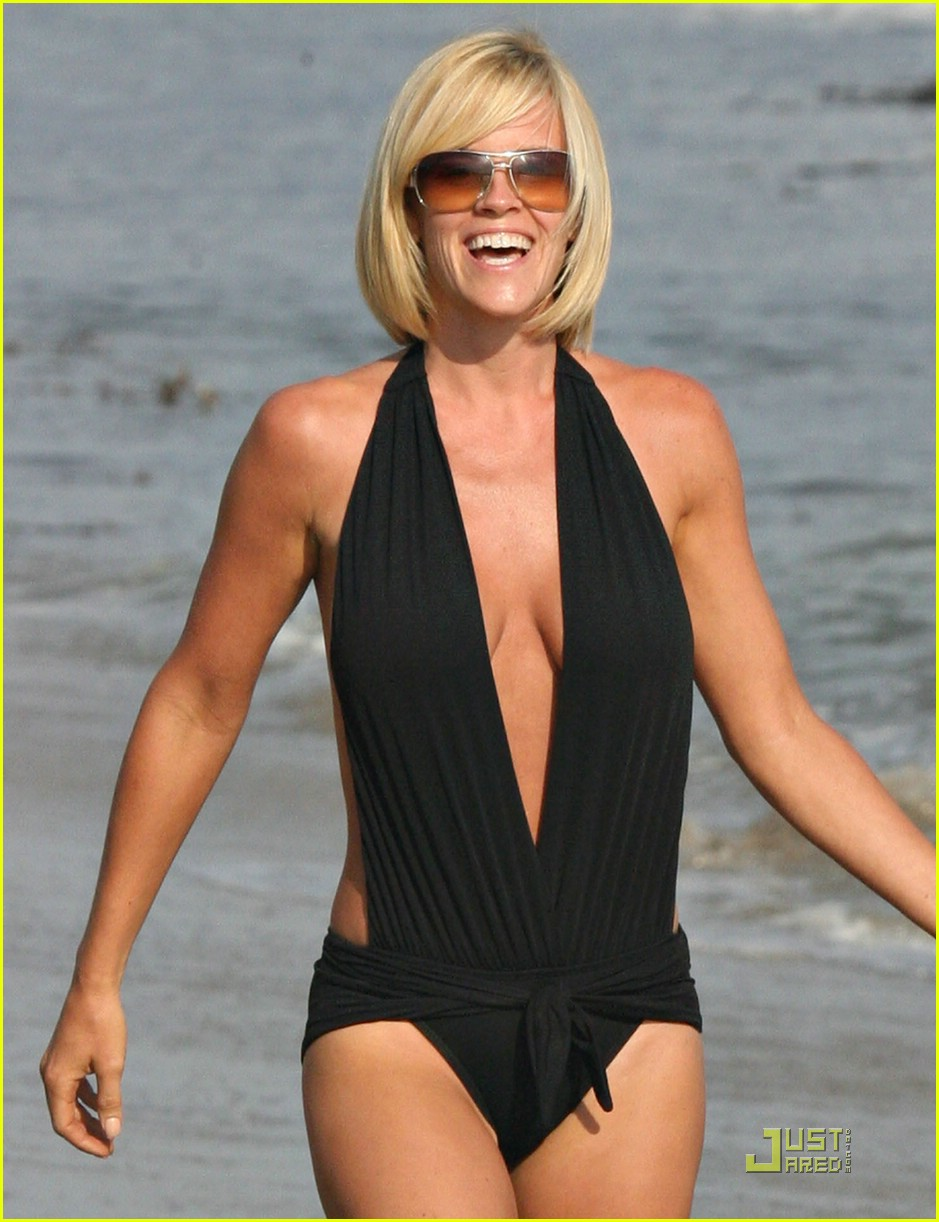 jim carrey jenny mccarthy same swimsuit 20