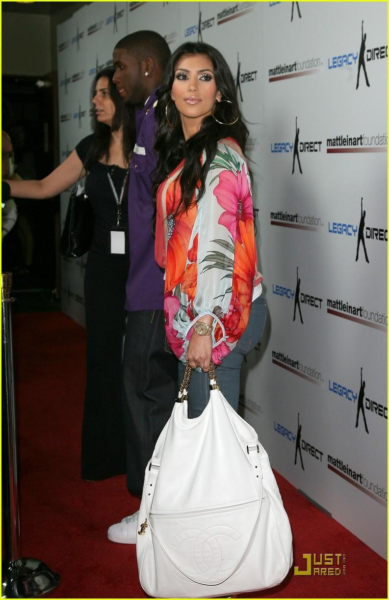kim kardashian celebrity bowling 031282361