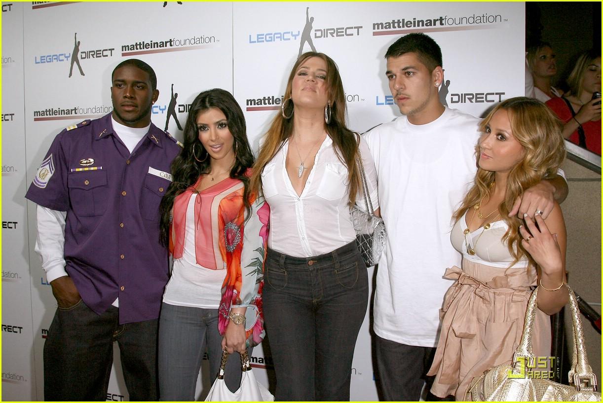 kim kardashian celebrity bowling 071282401
