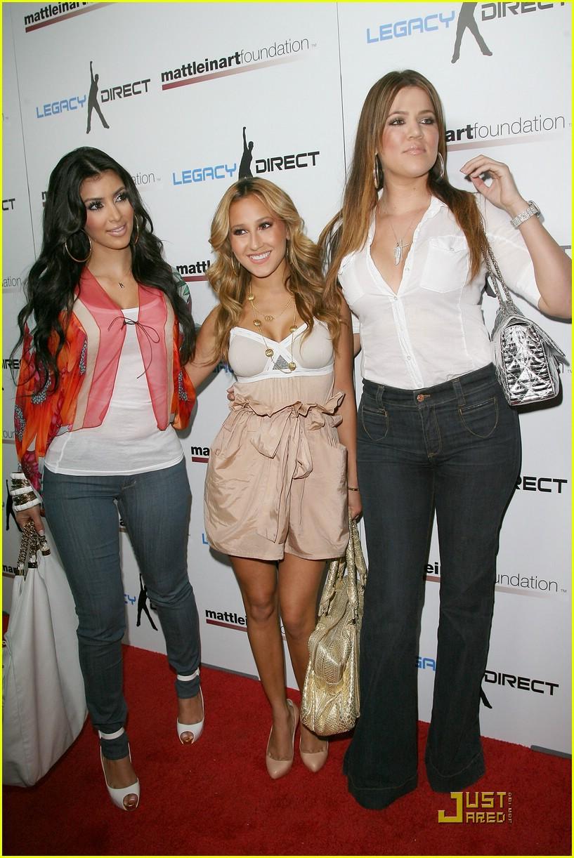 kim kardashian celebrity bowling 09