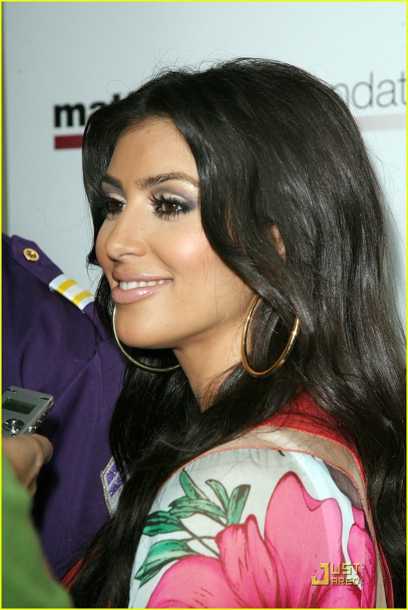 kim kardashian celebrity bowling 211282541