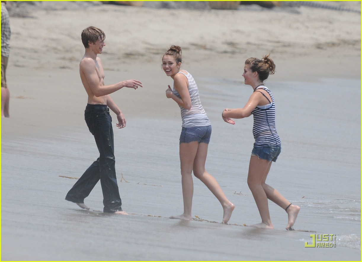 Lucas Till And Miley Cyrus | www.pixshark.com - Images ...