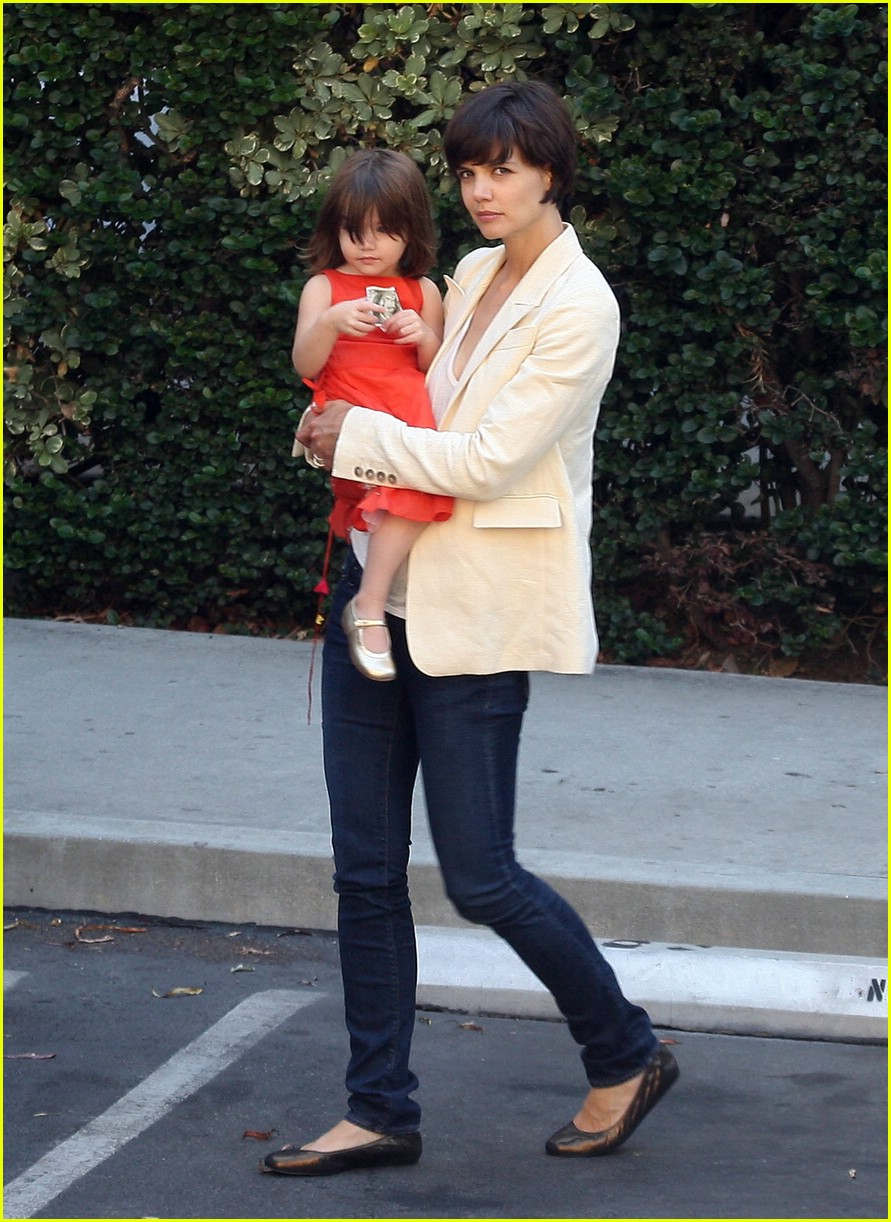 suri cruise money 01