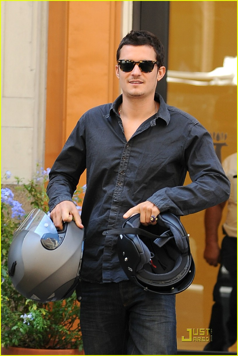 orlando bloom motorcycle 011356521
