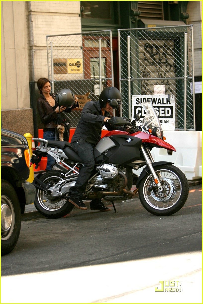 orlando bloom motorcycle 03