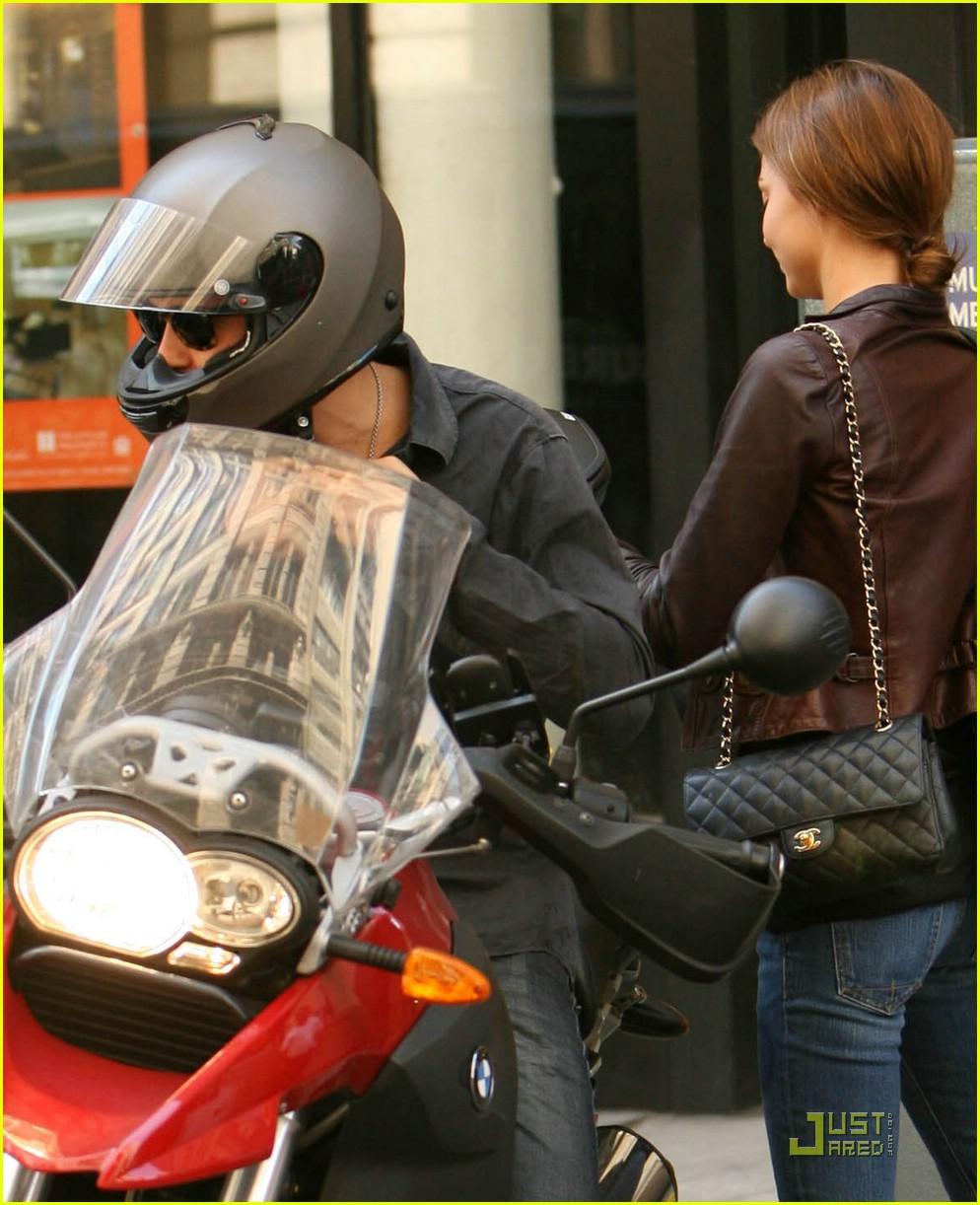 orlando bloom motorcycle 051356561