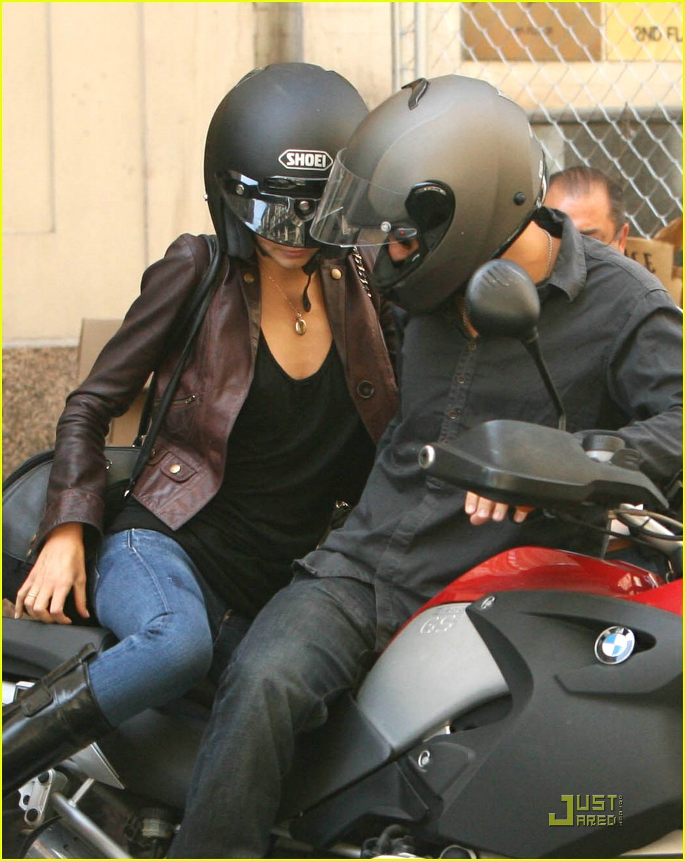 orlando bloom motorcycle 09