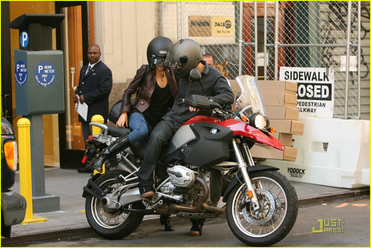 orlando bloom motorcycle 101356611