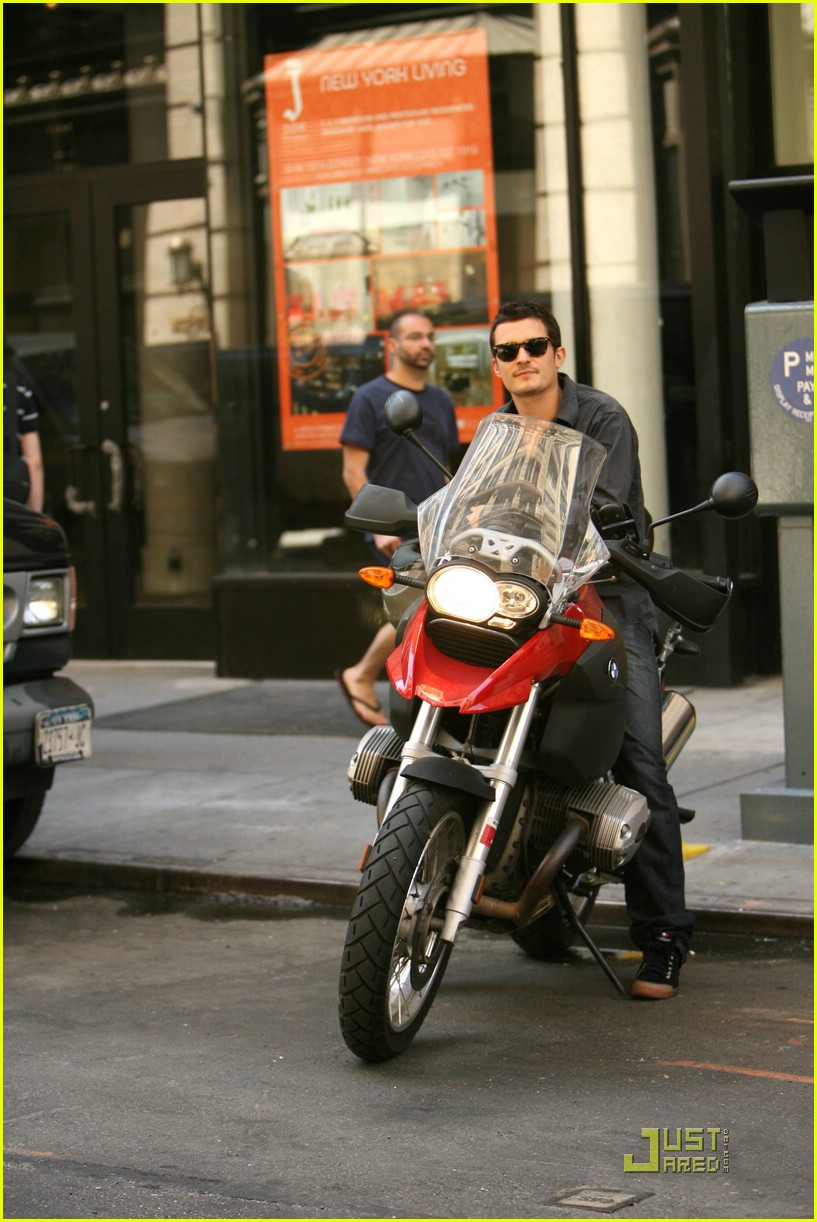 orlando bloom motorcycle 12