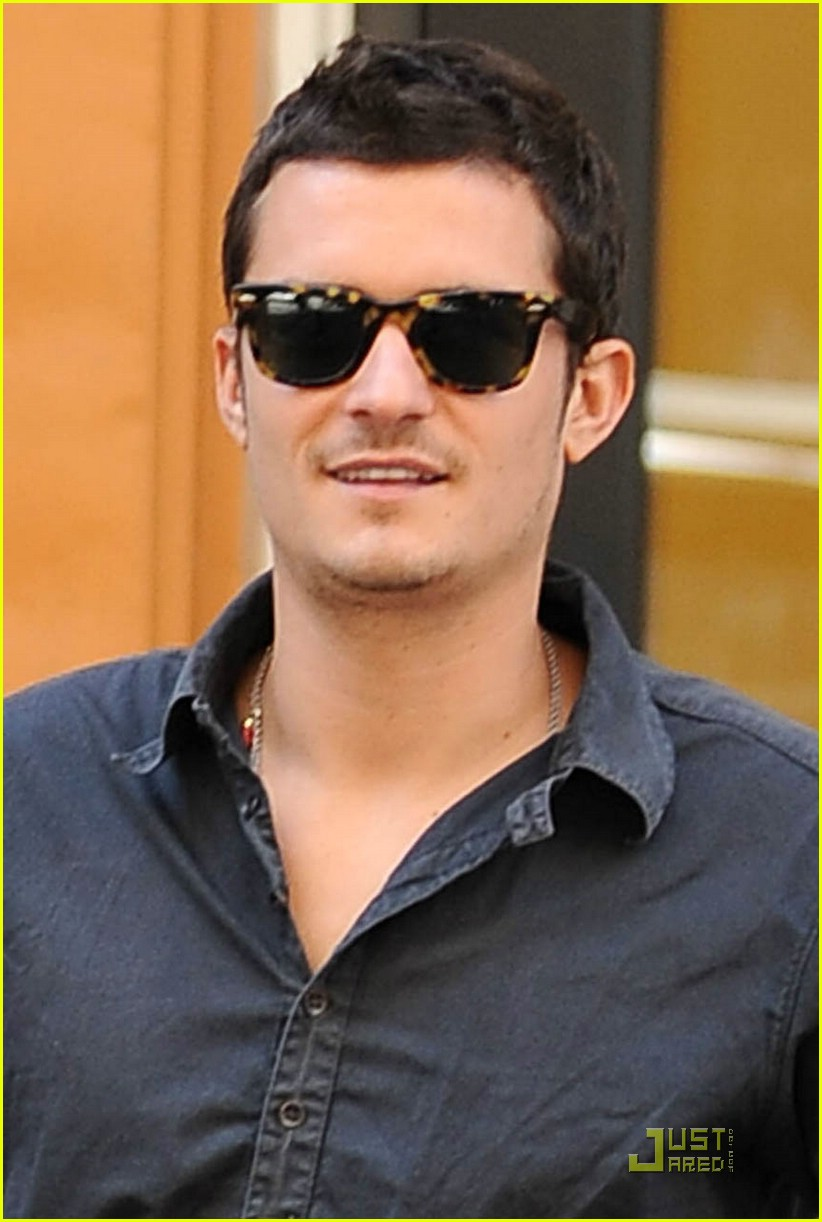 orlando bloom motorcycle 151356661