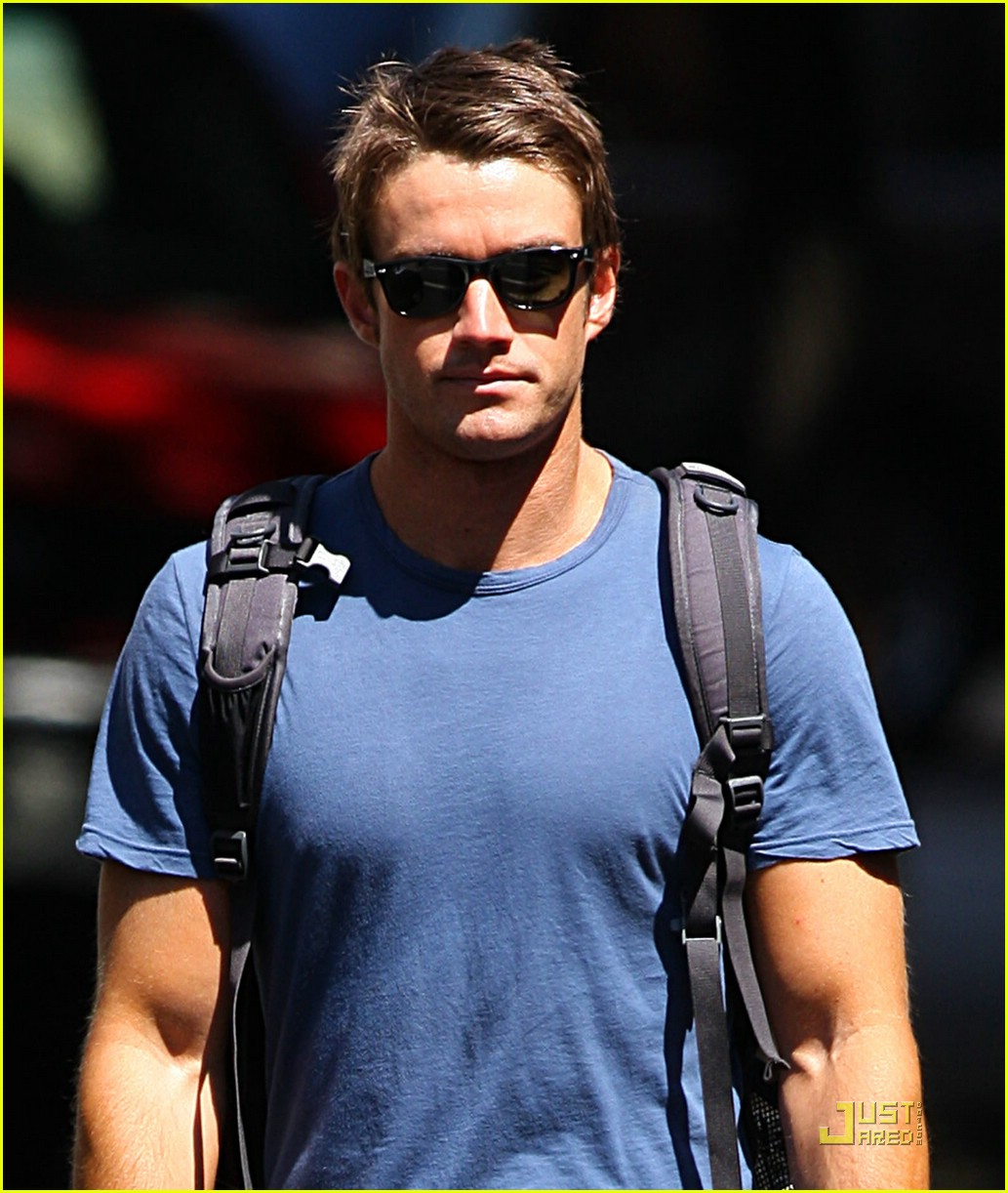 robert buckley soho 041382001
