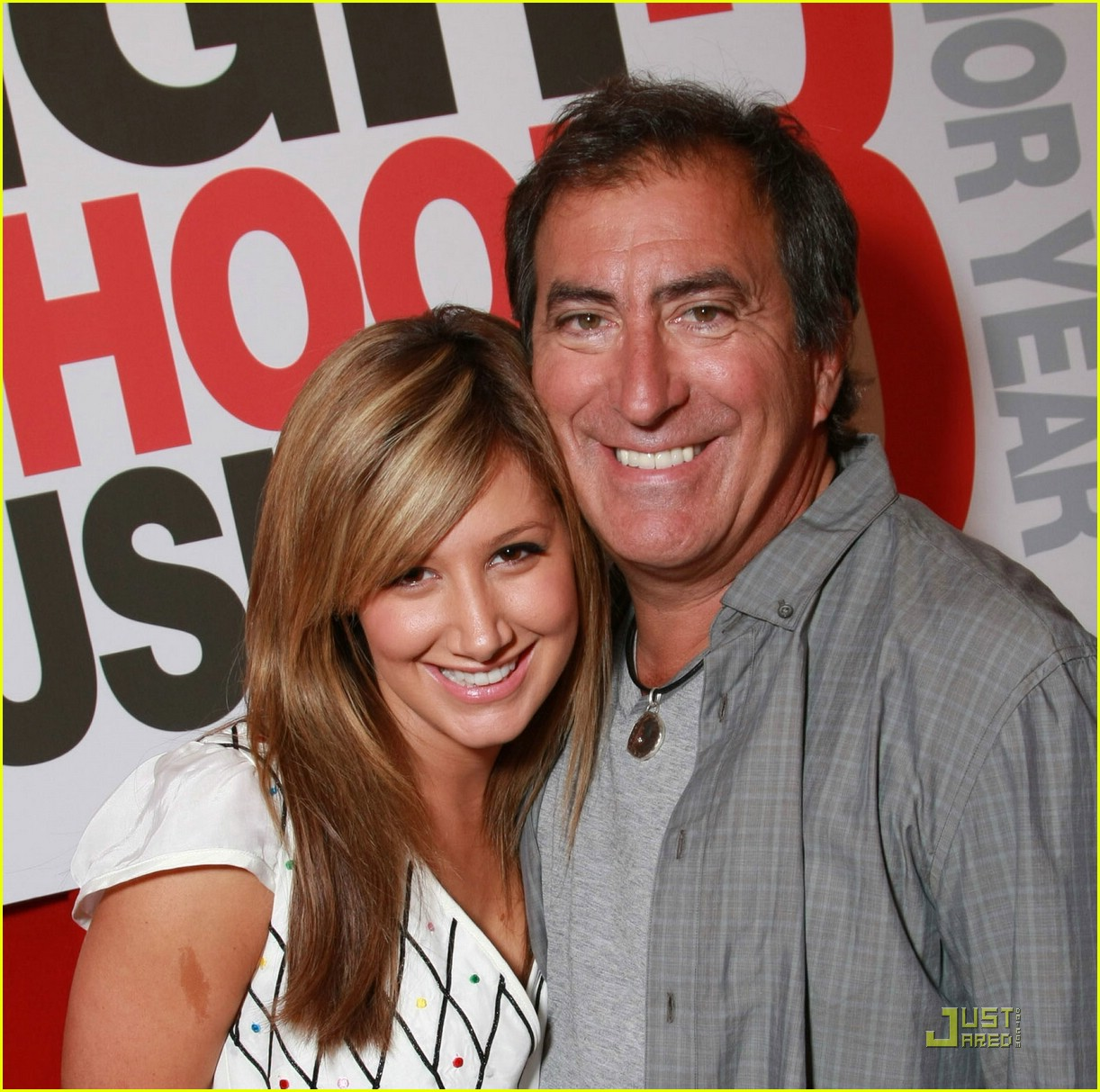 Ashley tisdale and zac efron dating 2014