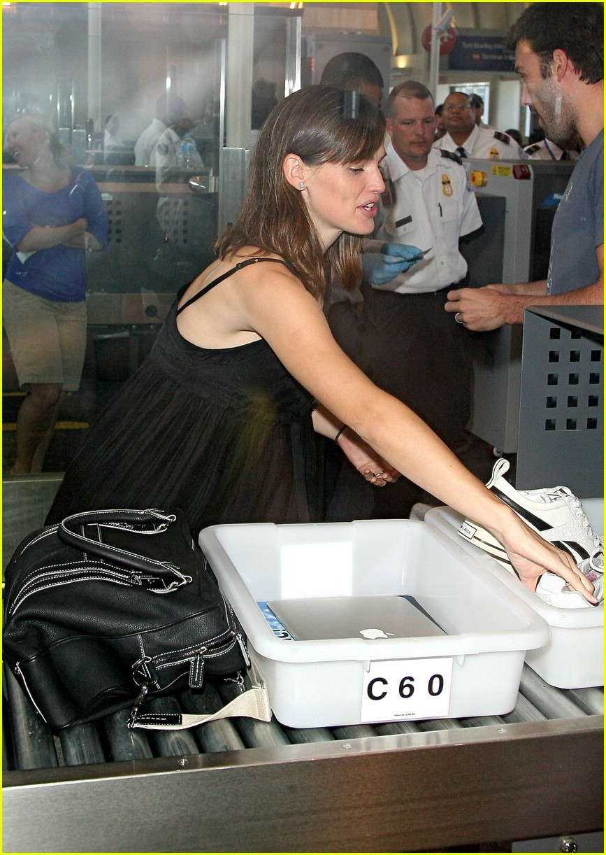 jennifer garner security smile 141312661