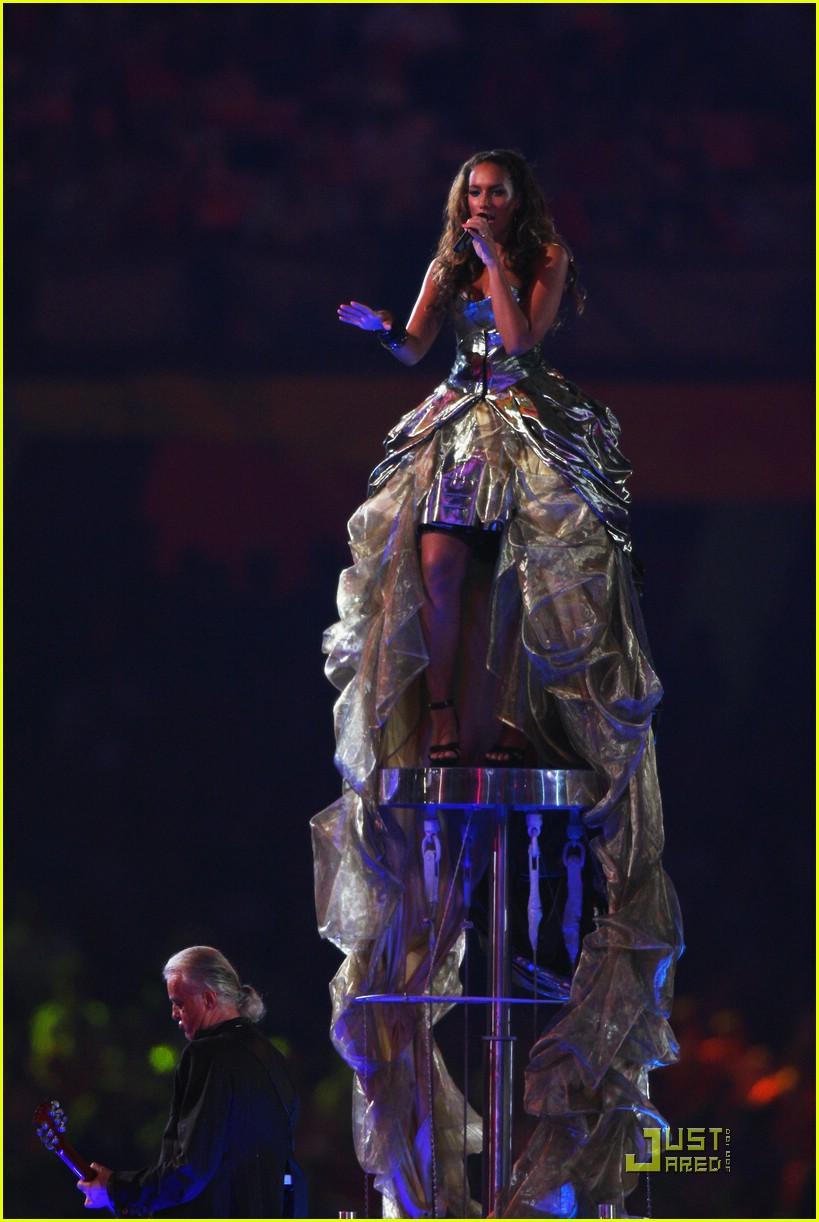 Leona Lewis' Olympic Closing Ceremony: Photo 1367351 ...