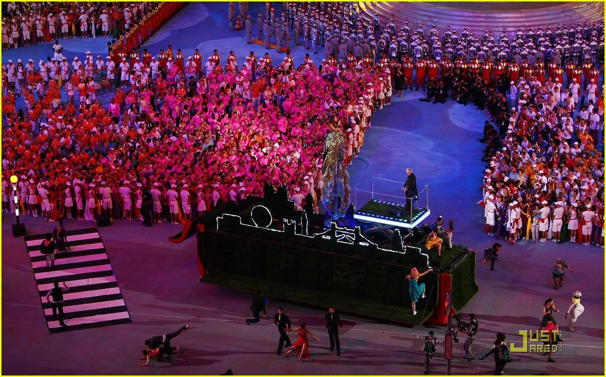 Leona Lewis' Olympic Closing Ceremony: Photo 1367421 ...