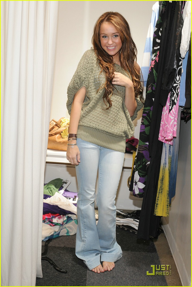 miley cyrus shopping intuition harmony lane 05