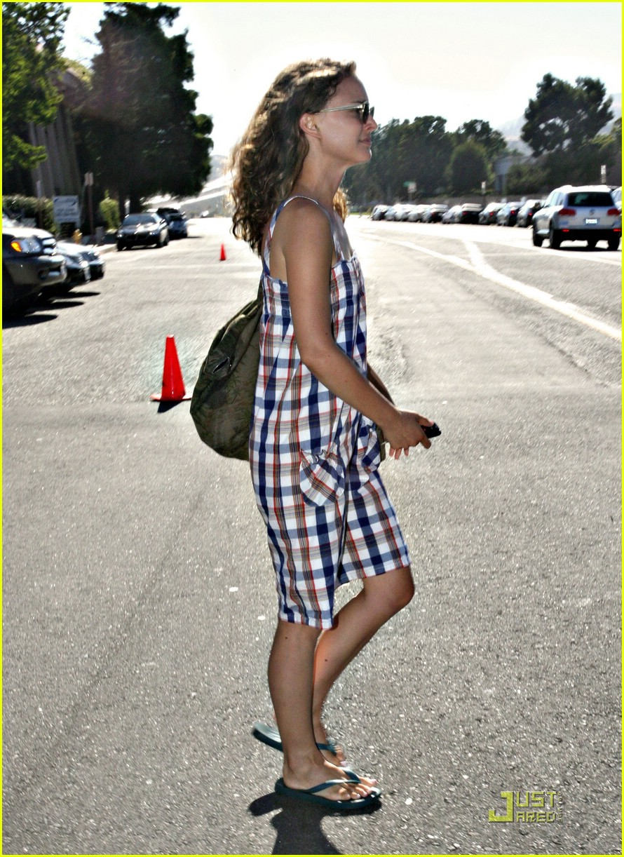 natalie portman plaid pretty 021342451