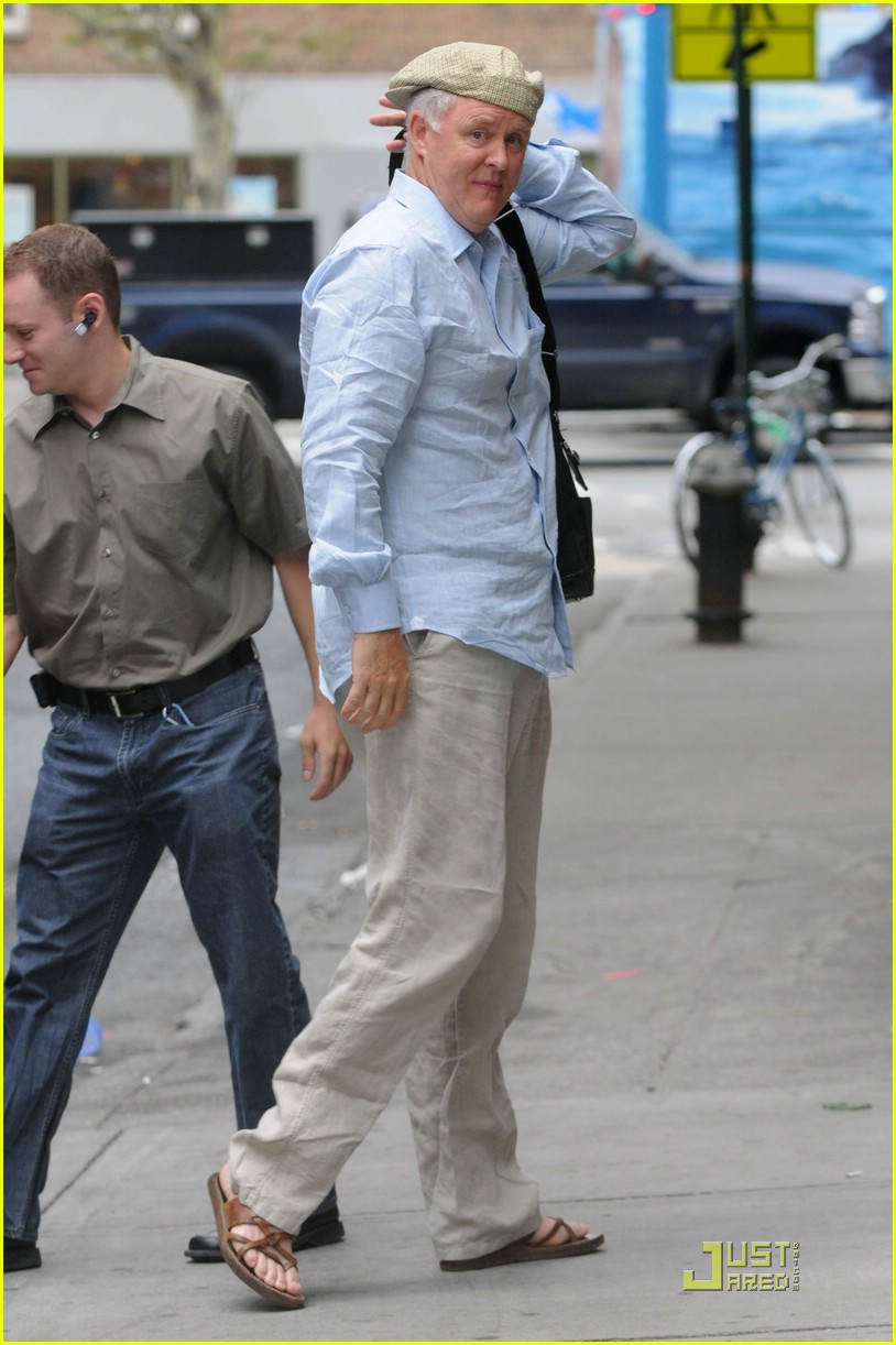 katie holmes pegged jeans 121312151