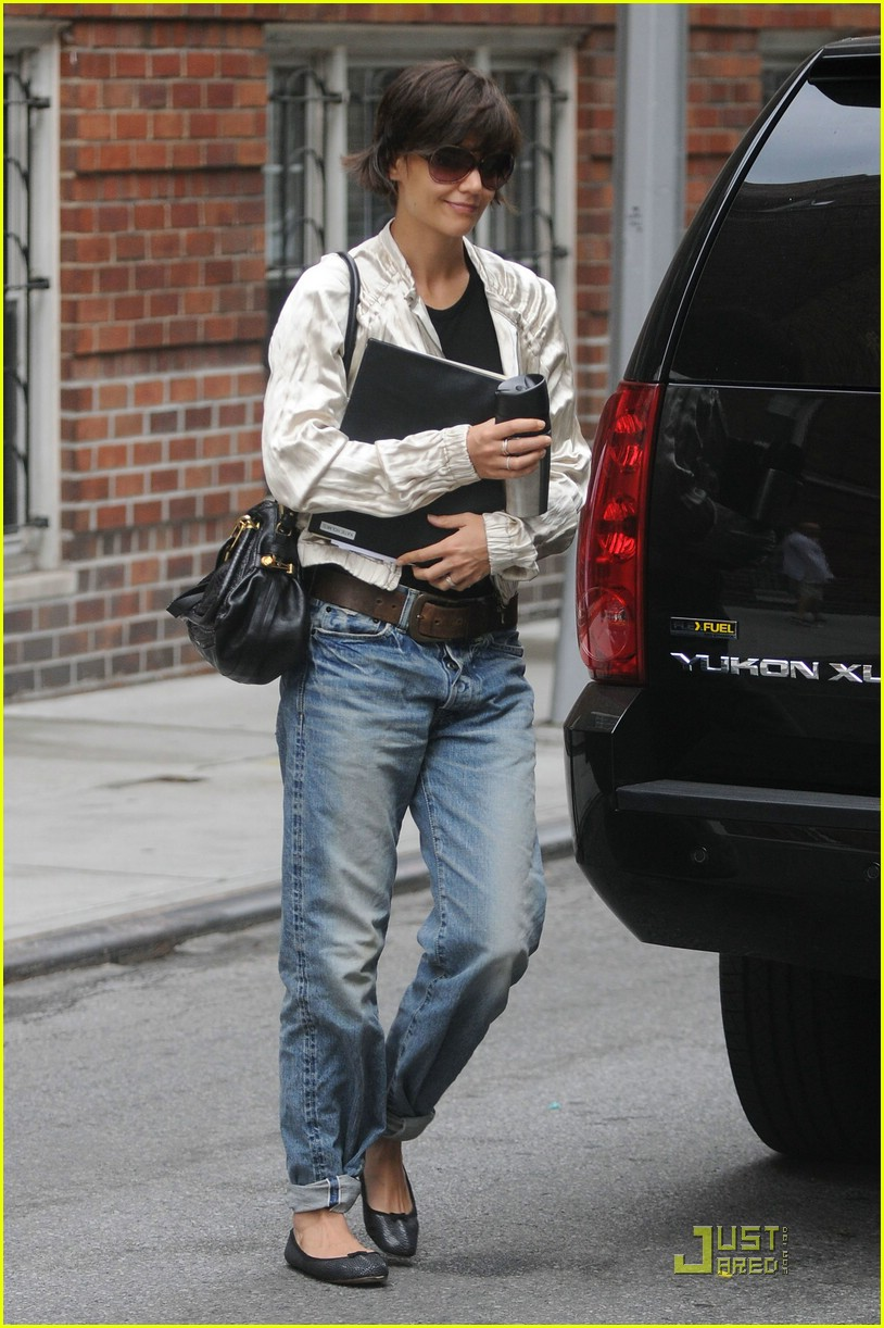 katie holmes pegged jeans 141312171