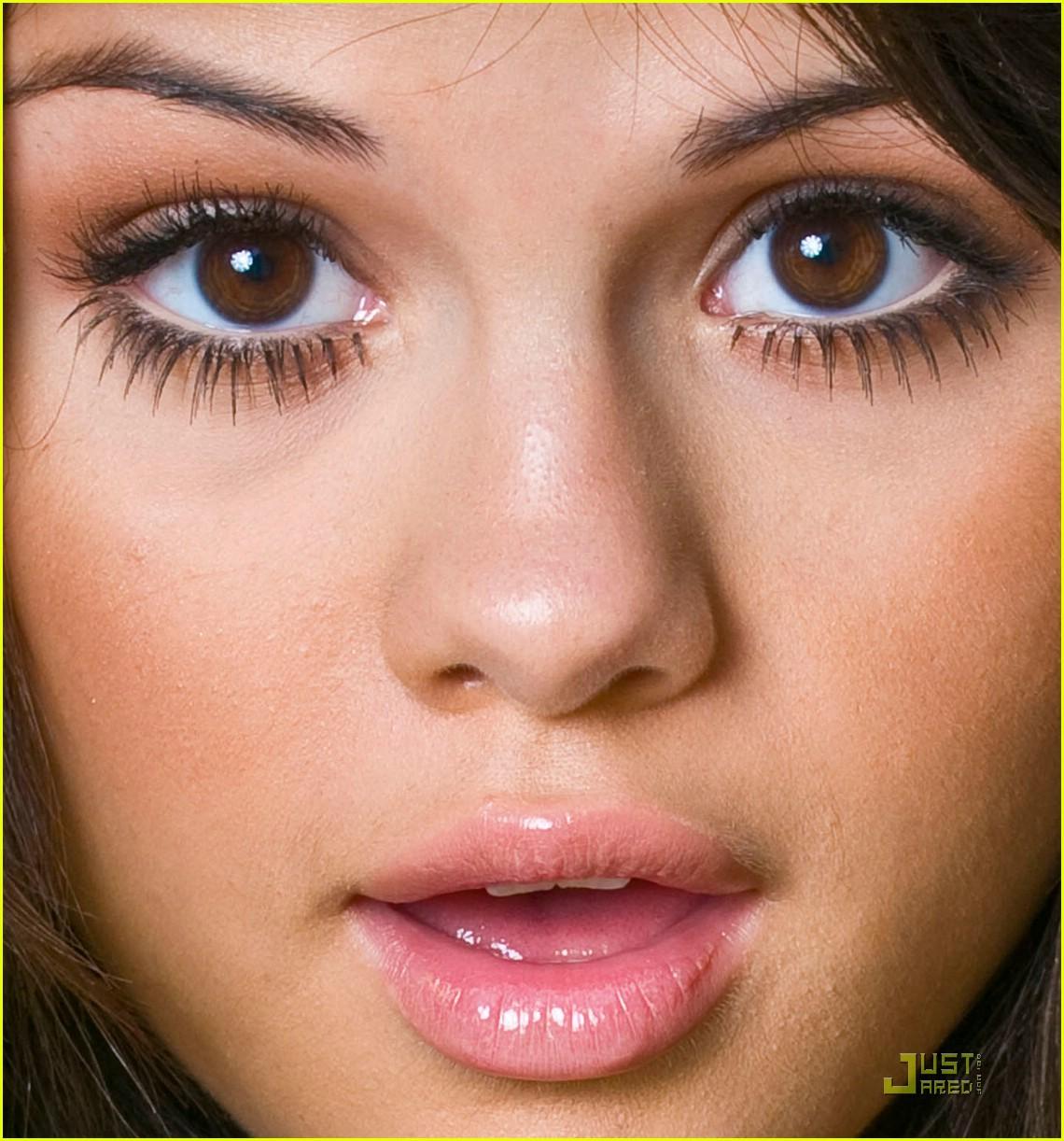 Фото какой макияж подходит при круглом лице