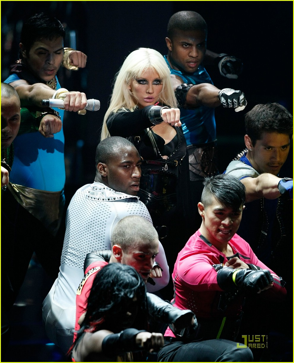 christina aguilera performance 2008 vmas 011404921