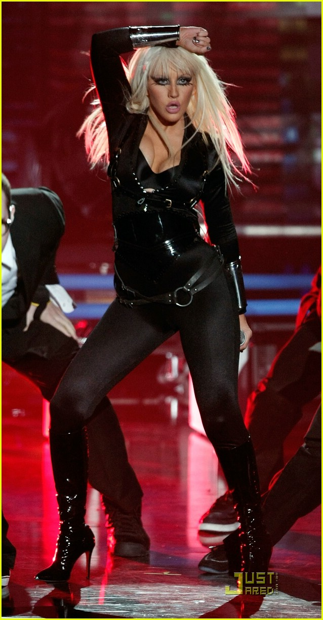 christina aguilera performance 2008 vmas 021404931