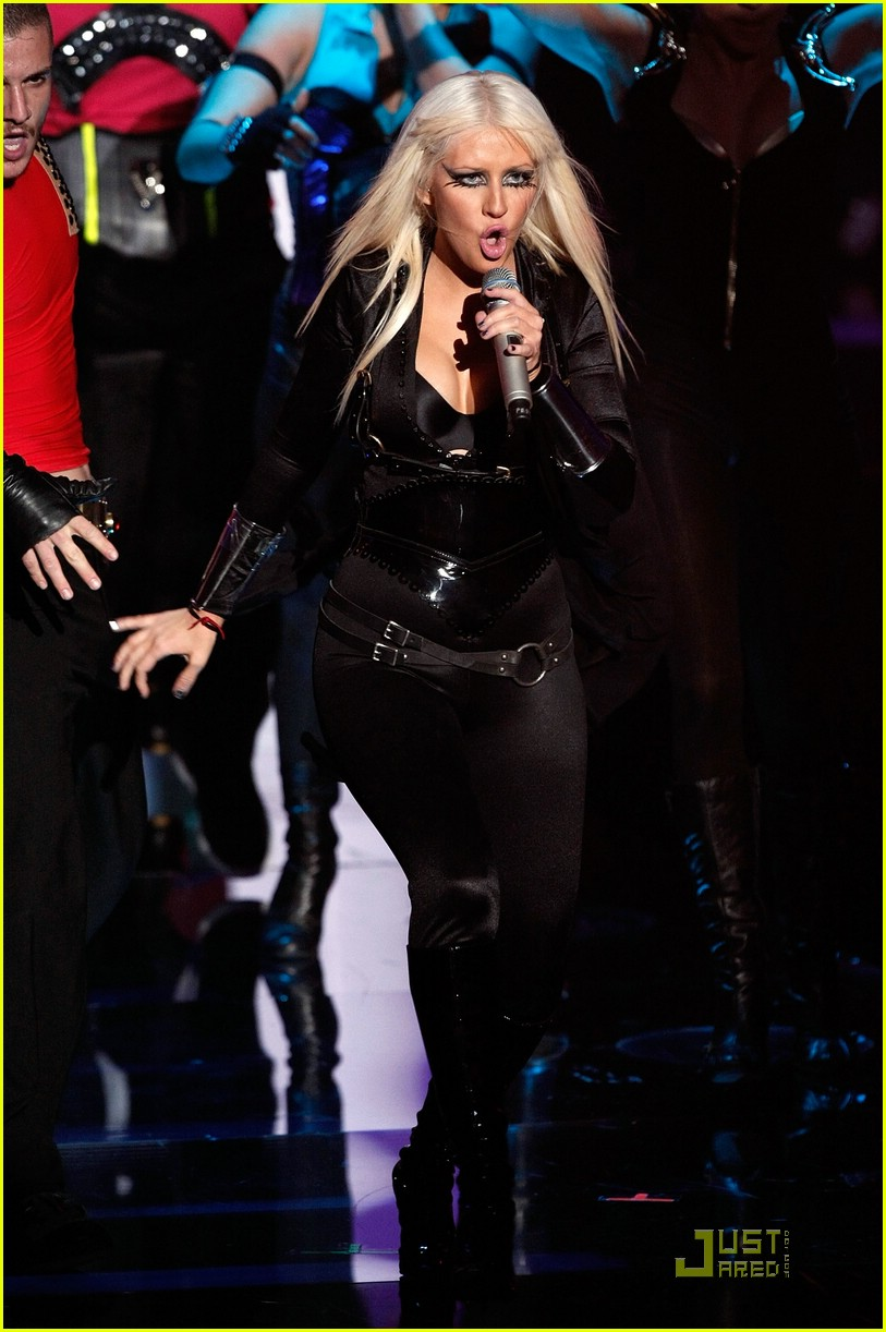christina aguilera performance 2008 vmas 071404981