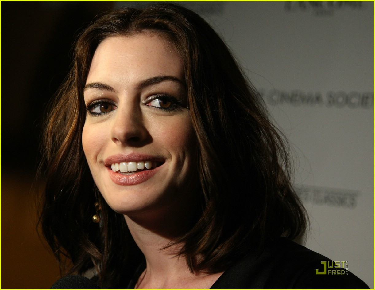 anne hathaway getting married 181444161