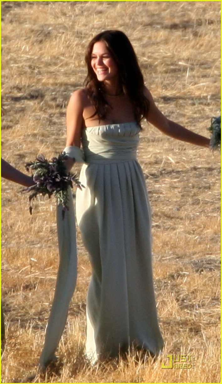 rachel bilson bridesmaid 051433091