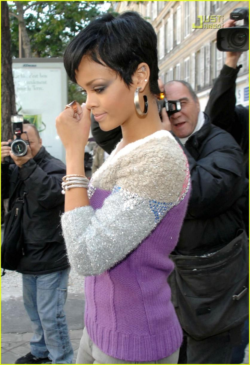 Sized Rihanna Marais