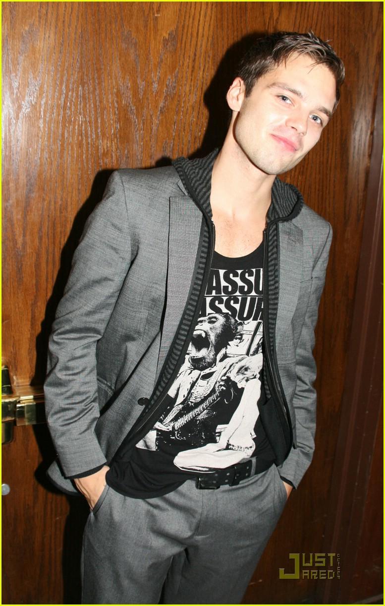 Leighton Meester: Sebastian Stan, He's My Man: Photo 1447331