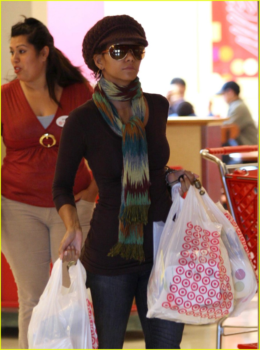 halle berry target 01