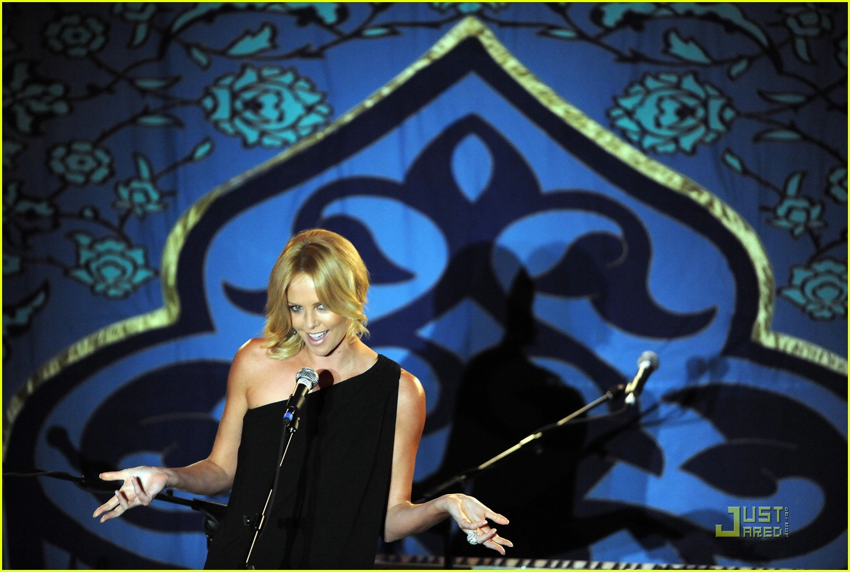 charlize theron rock the kasbah 041503151
