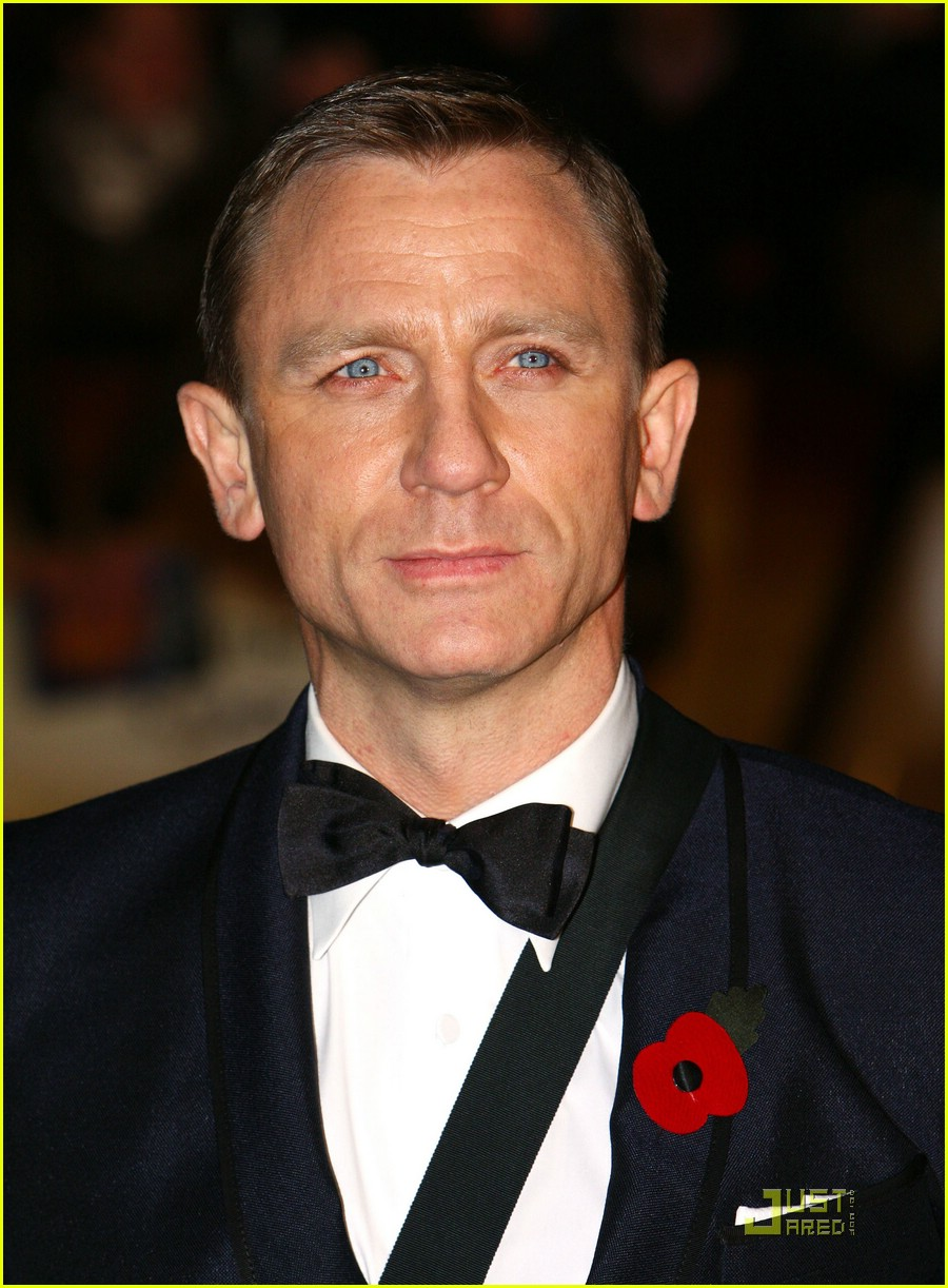 daniel craig quantum of solace world premiere 011514981