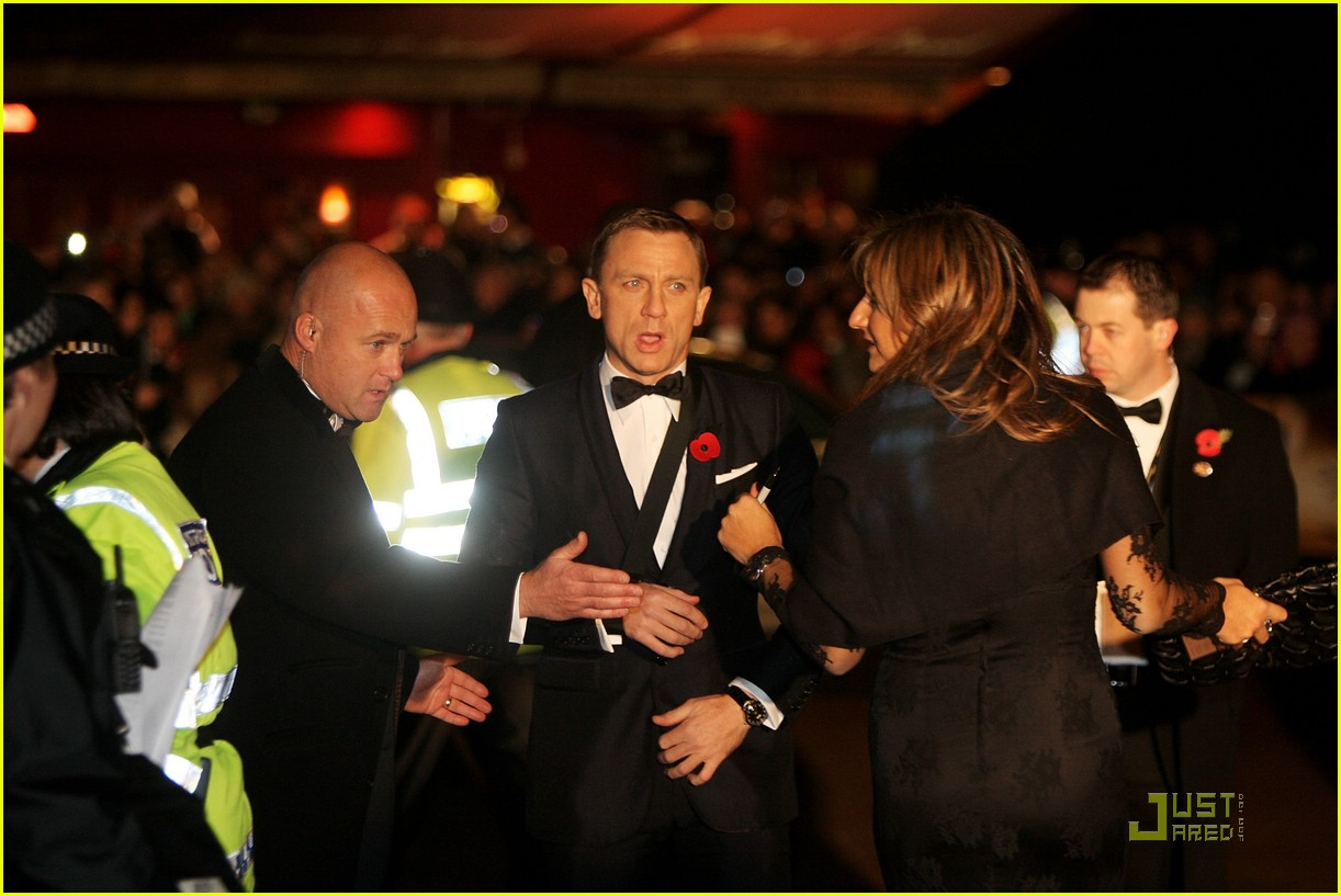 daniel craig quantum of solace world premiere 111515081