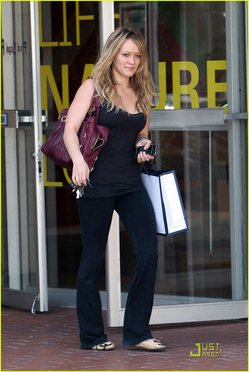 hilary duff fred segal 021478091