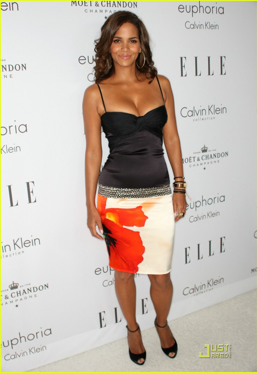 halle berry elle women in hollywood 211465611