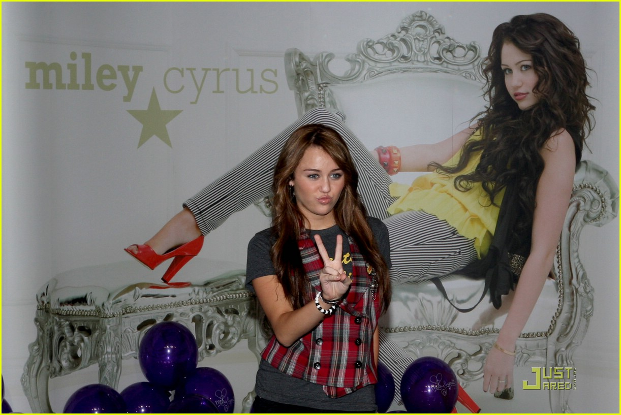 miley cyrus berlin beauty 01