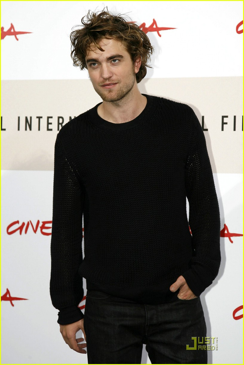 robert pattinson red hot rome 05