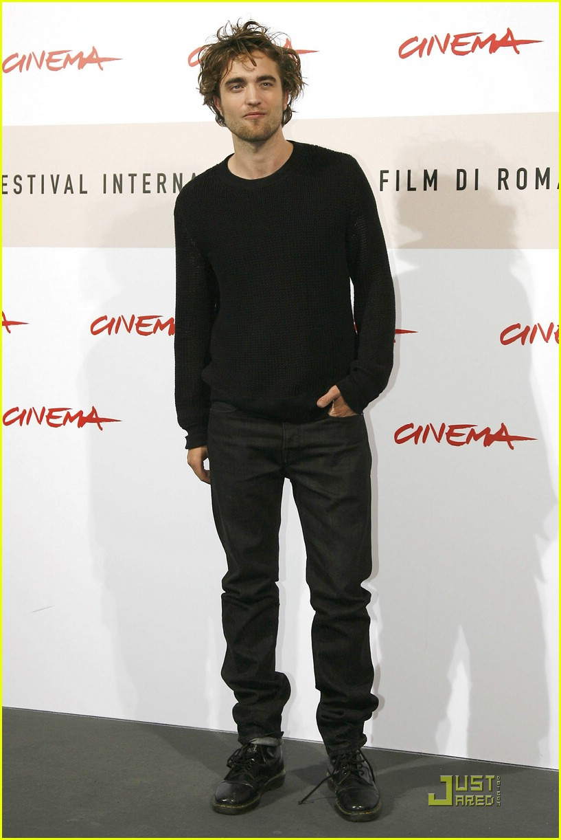 robert pattinson red hot rome 06