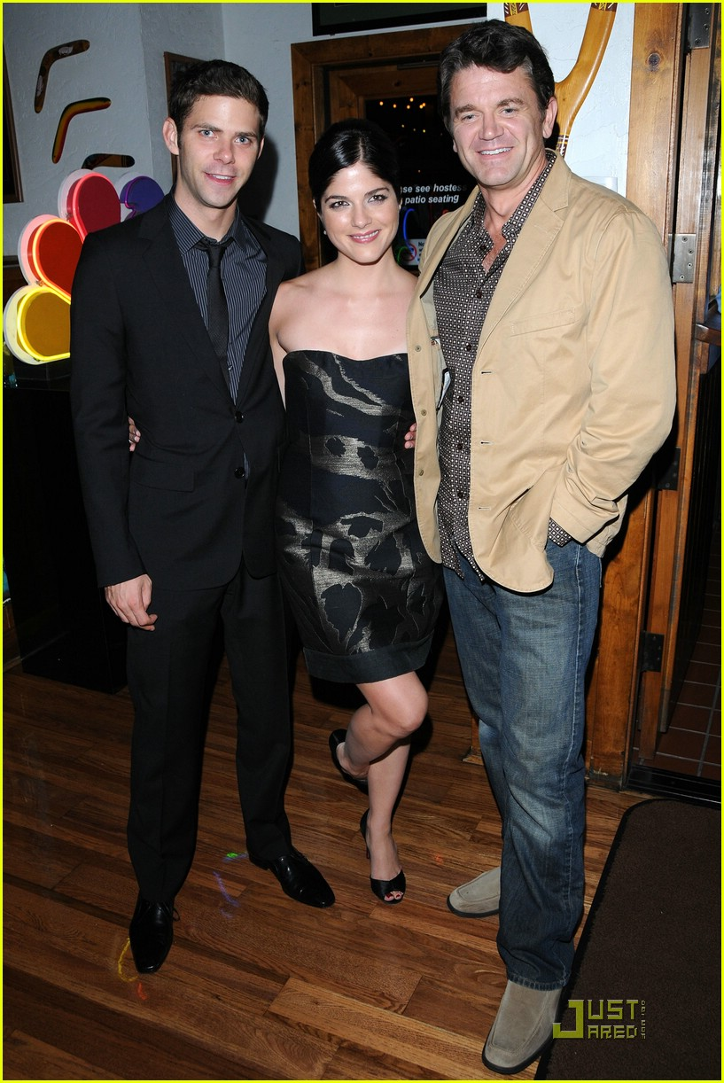 selma blair outback steakhouse 091456721