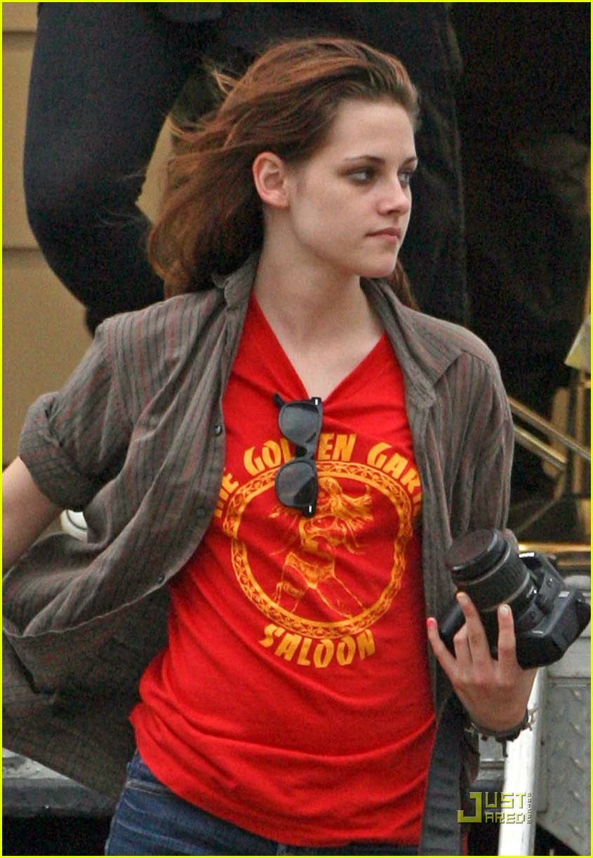 kristen stewart: it's sheer madness! : photo 1508331 | kristen