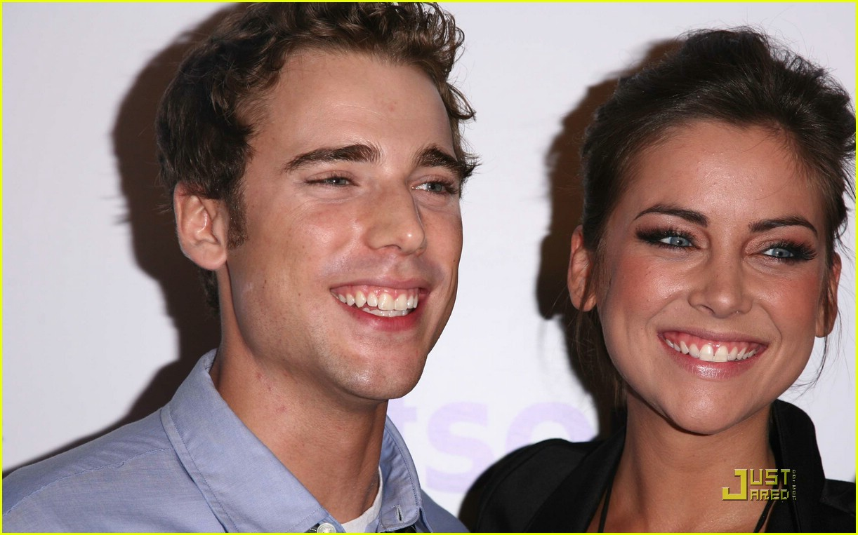 Are jessica stroup and dustin milligan still dating - top ten rules of dating my daughter