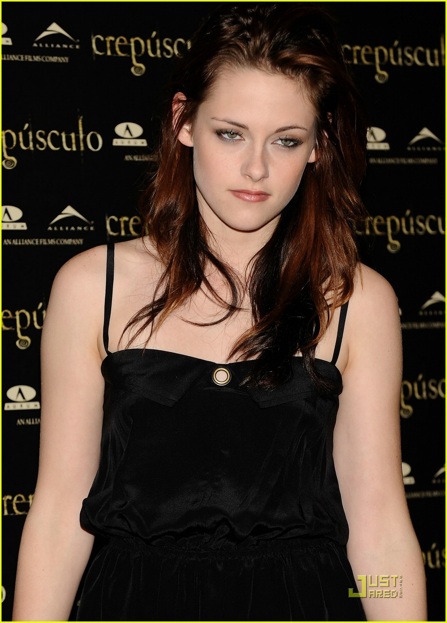 kristen cam madrid twilight 22