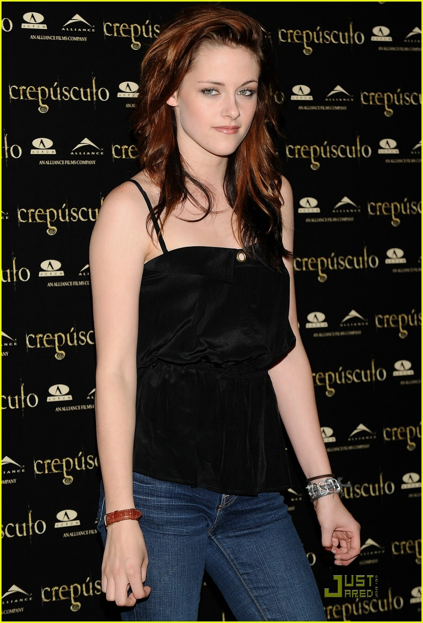 kristen cam madrid twilight 29