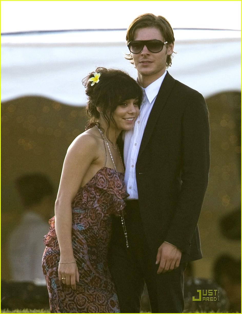 Zac & Vanessas Hawaii Wedding: Photo 1507771 | Shirtless