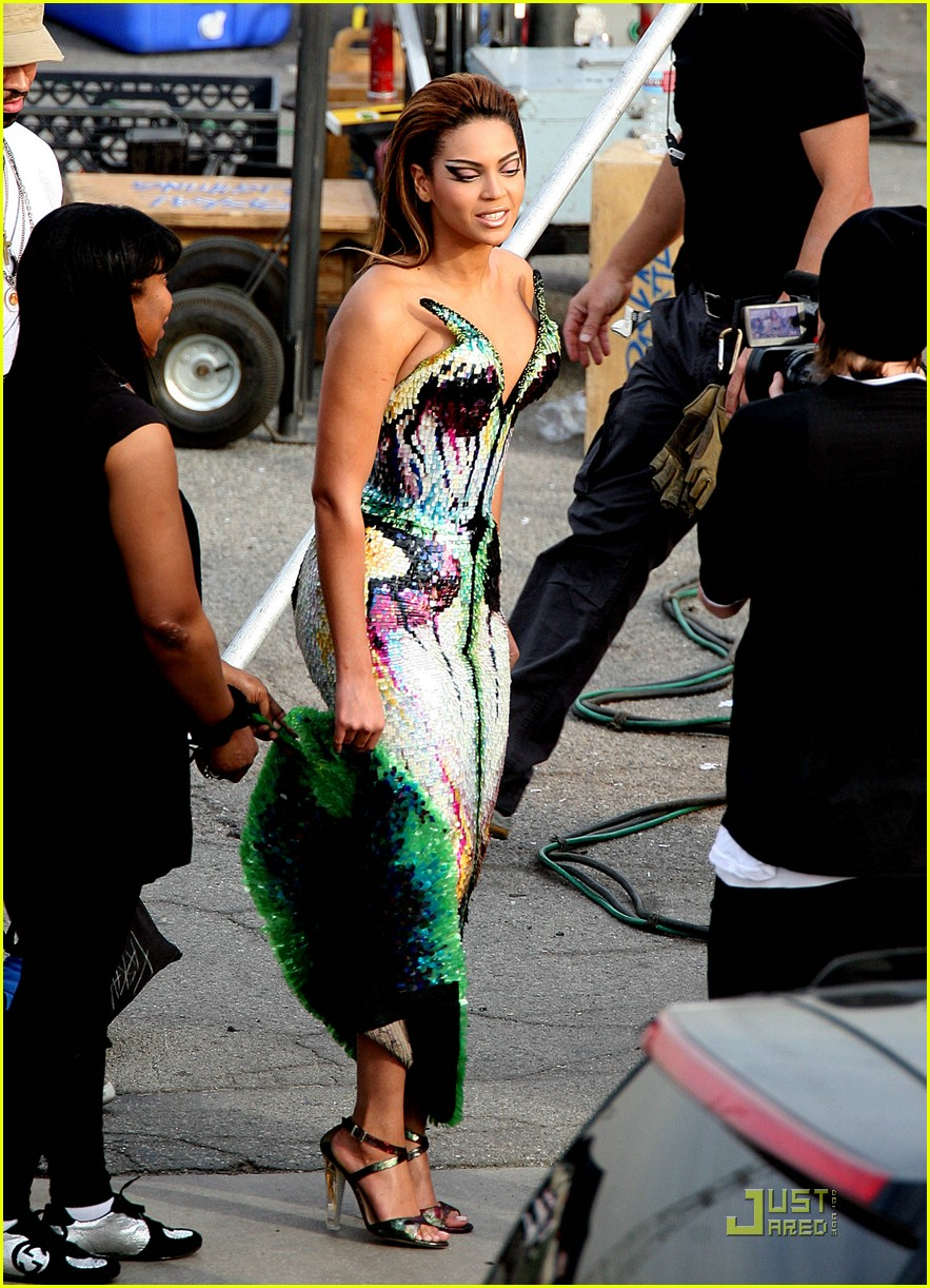 Beyonce diva music video preview photo 1559421 beyonce knowles pictures just jared - Beyonce diva video ...