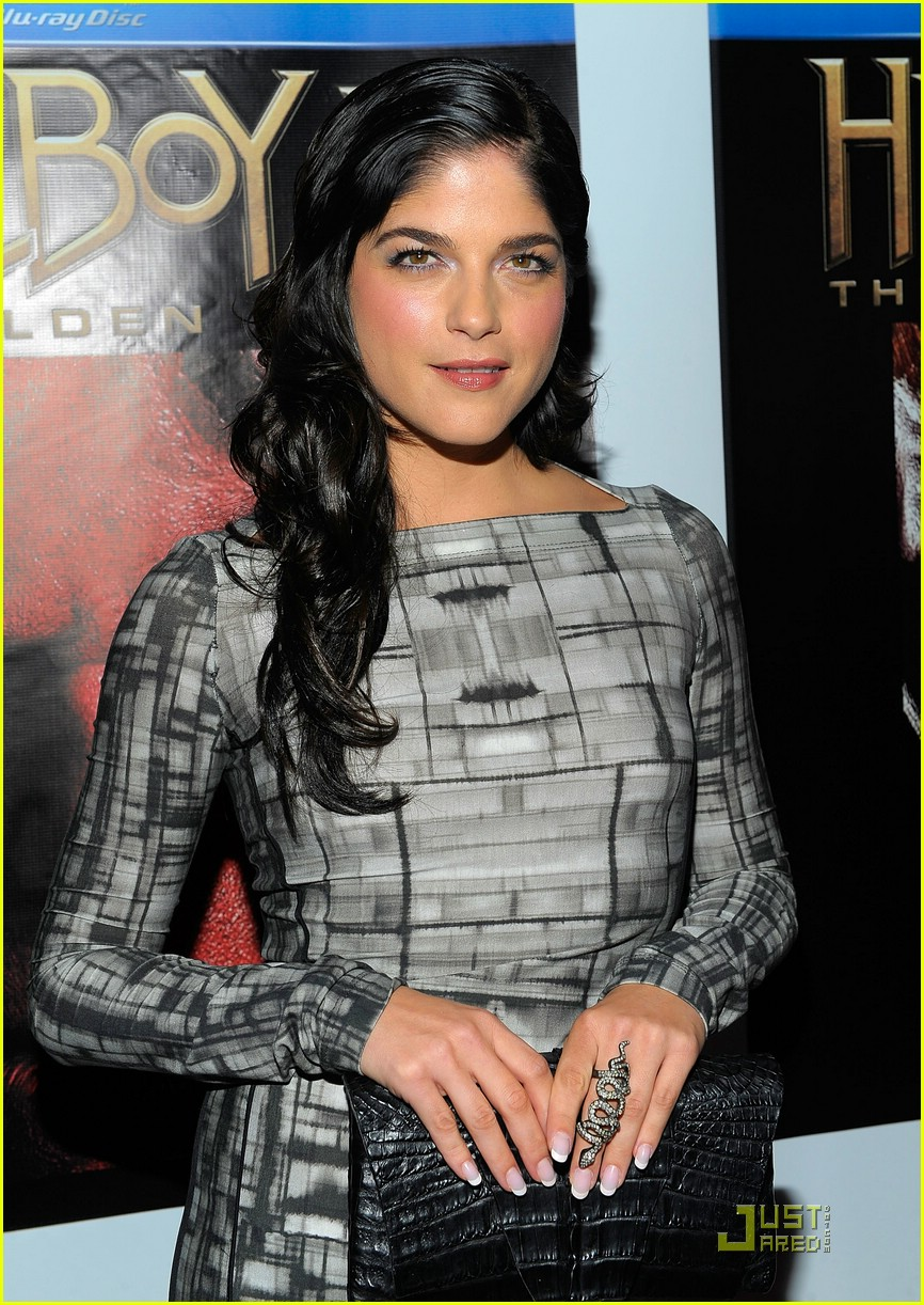 selma blair hellboy 2 181547301