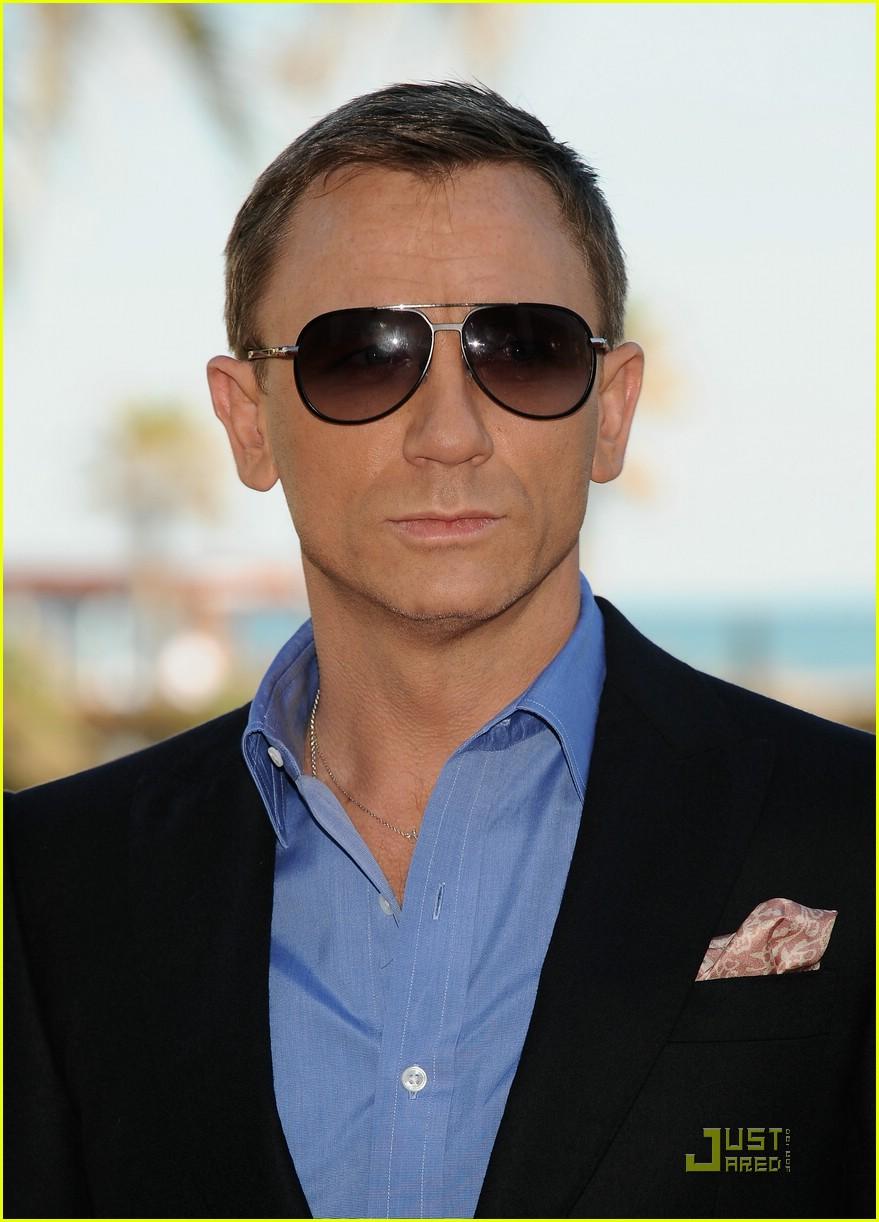 Daniel Craig is Spain Sexy