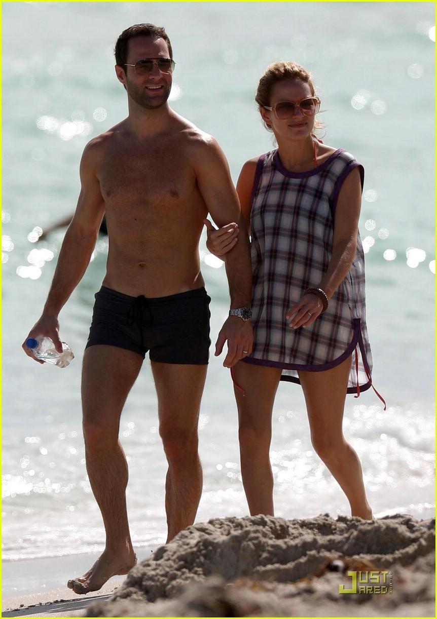 Jennifer Love Hewitt born February 21, 1979 (age 39),Margaret Landis XXX photos Stefania Careddu,Maxine Medina (b. 1990)